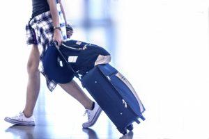 伊丹空港近くの送迎付きパーキングおいでやす
