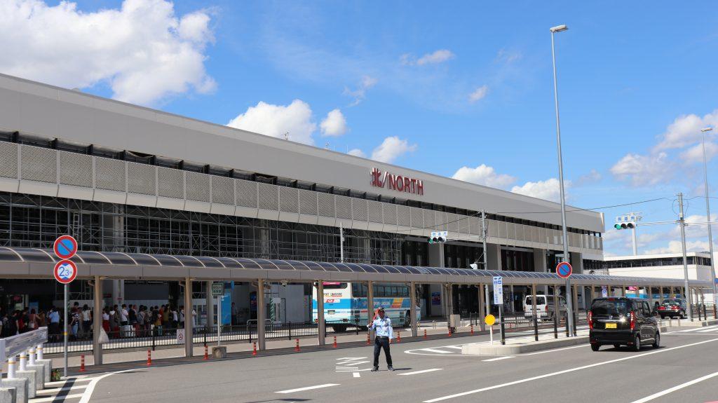 北ターミナル(JAL側)